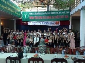 Tổ chức sinh nhật cho các cụ tại Viện dưỡng lão Tuyết Thái