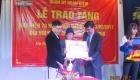Trao tang 06